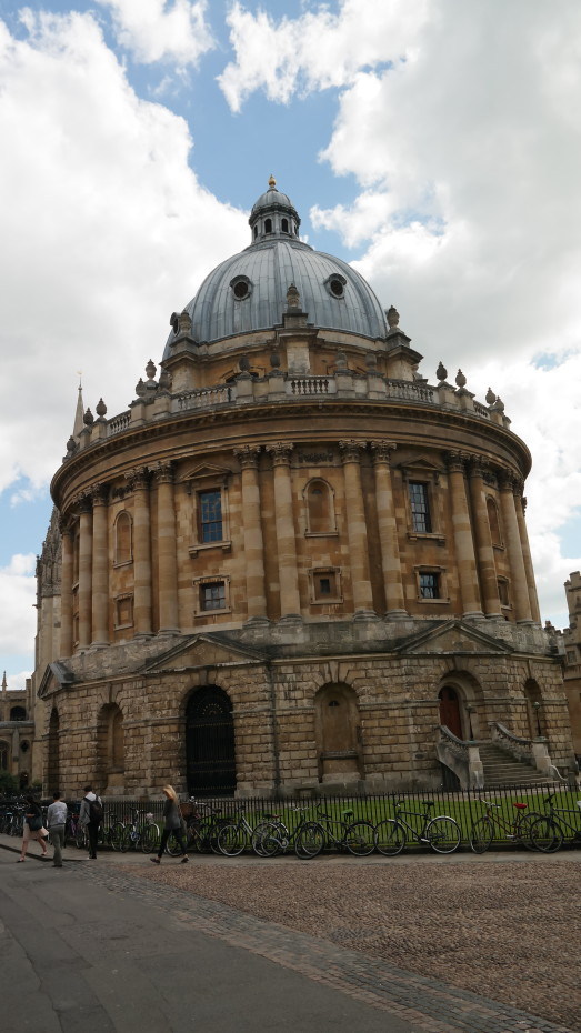 Oxford University, Library And College