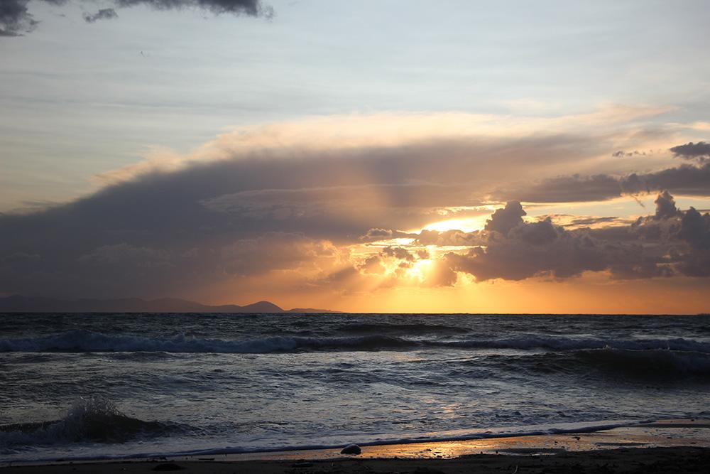 Zonsondergang bij Cala Violina